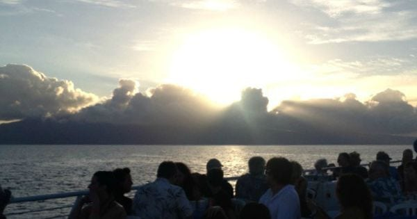 A Romantic West Maui Dinner Cruise